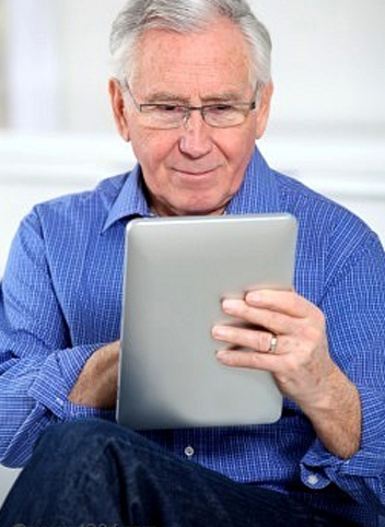 senior_iPad